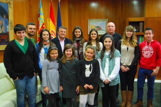 Representantes de Les Fogueres se reúnen con José Chulvi en Xàbia
