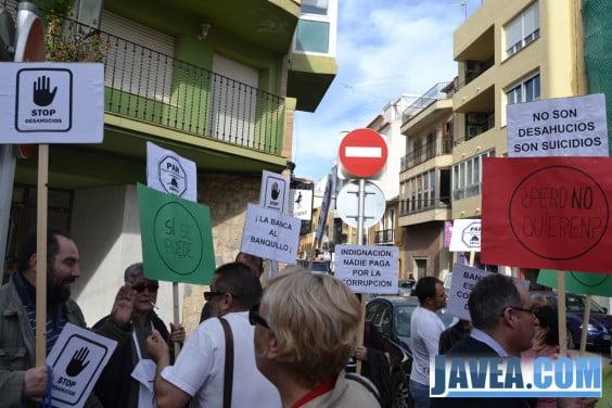 Plataforma de afectados por la hipoteca - protesta en Dénia