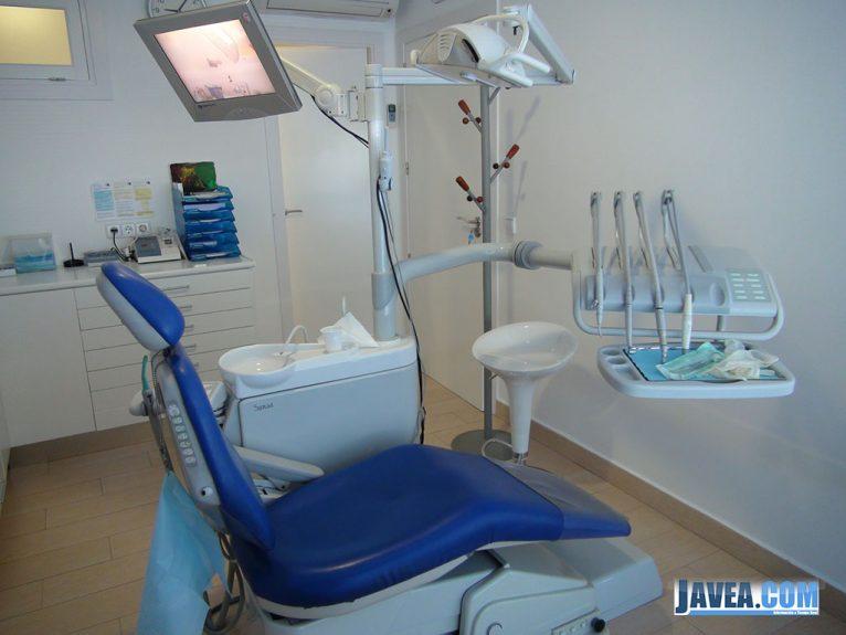 Clínica Dental Puchol, Instalaciones