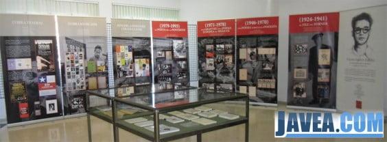Exposición de Vicent Andrés Estellés en Jávea