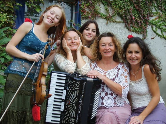 Rondinka actúa en Xàbia Folk el viernes 10 de mayo de 2013