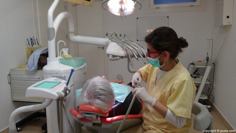 Clínica Dental Puchol limpieza dental