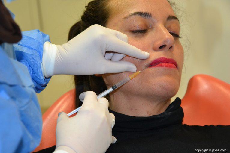Tratamientos faciales en el centro médico de Clínica Dental Puchol
