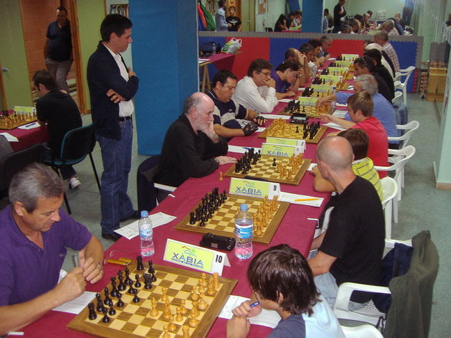 El Club Escaç Xàbia no tuvo su día en Valencia