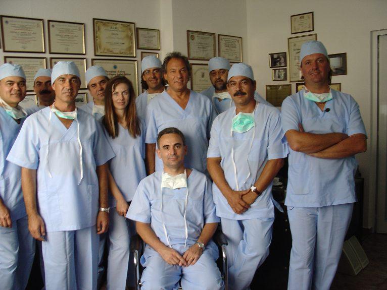Cume Policínica equipe profissional em Jávea para tratamento estético facial e corporal e tratamento de varizes