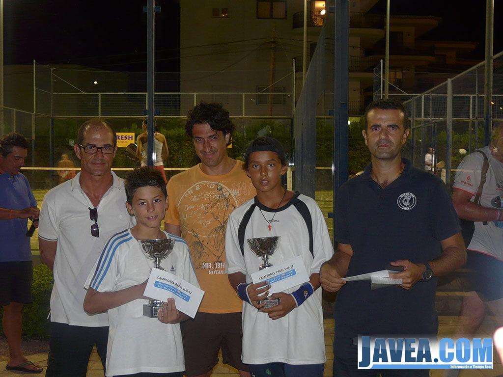 Robert Cercos y Álvaro Cercos campeones pádel Sub 12