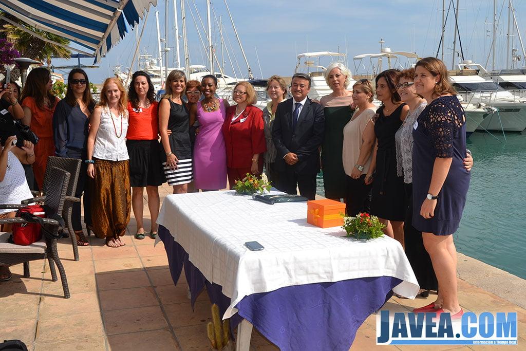 Comité de coordinación de MEJ después de la firma del convenio