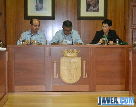El alcalde de Jávea, José Chulvi, durante el pleno de septiembre de 2013