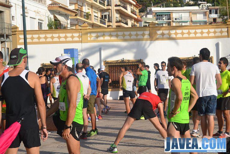 Participantes antes de comenzar la carrera