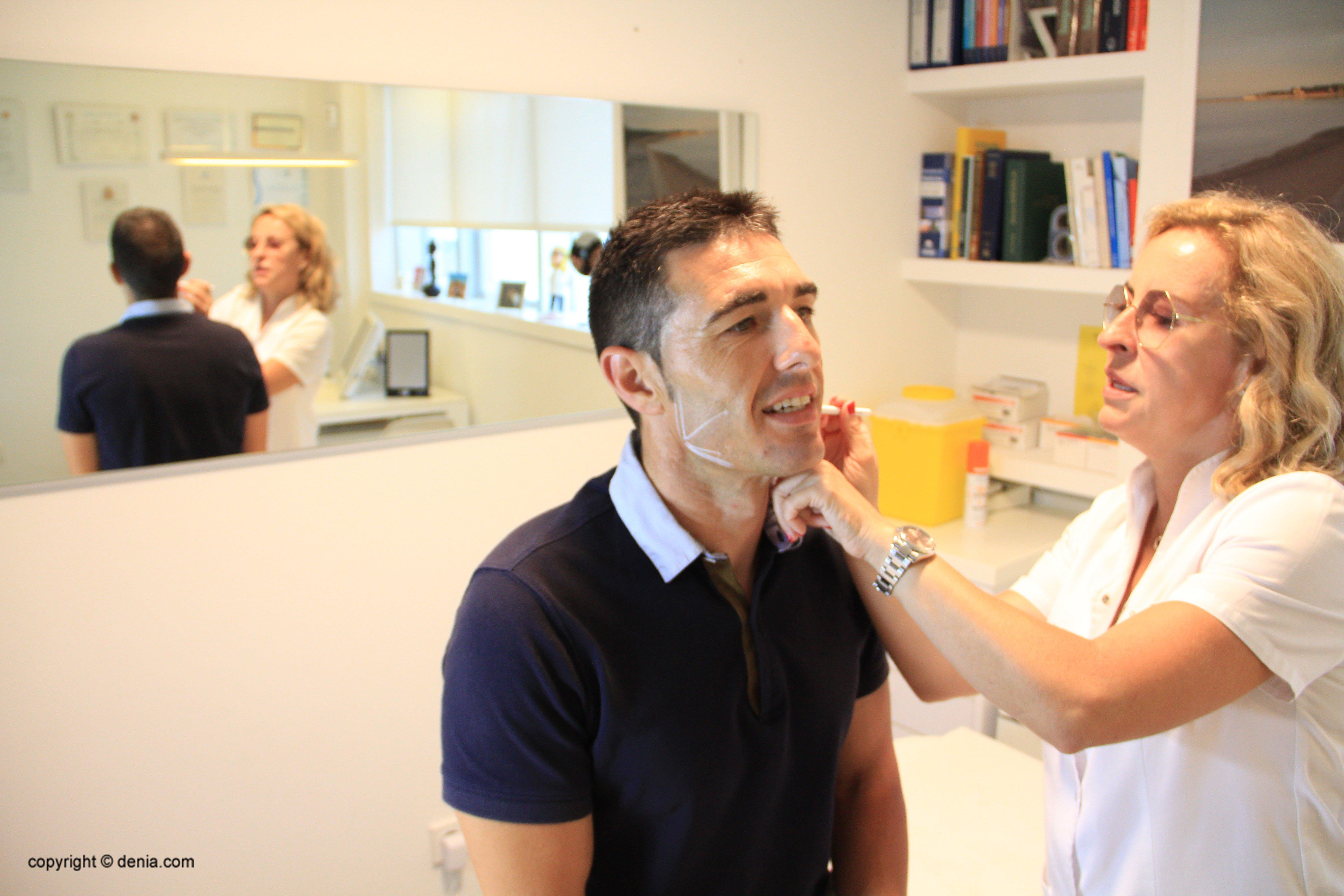 Realçar mandíbula homes - Clínica Estètica Castelblanque