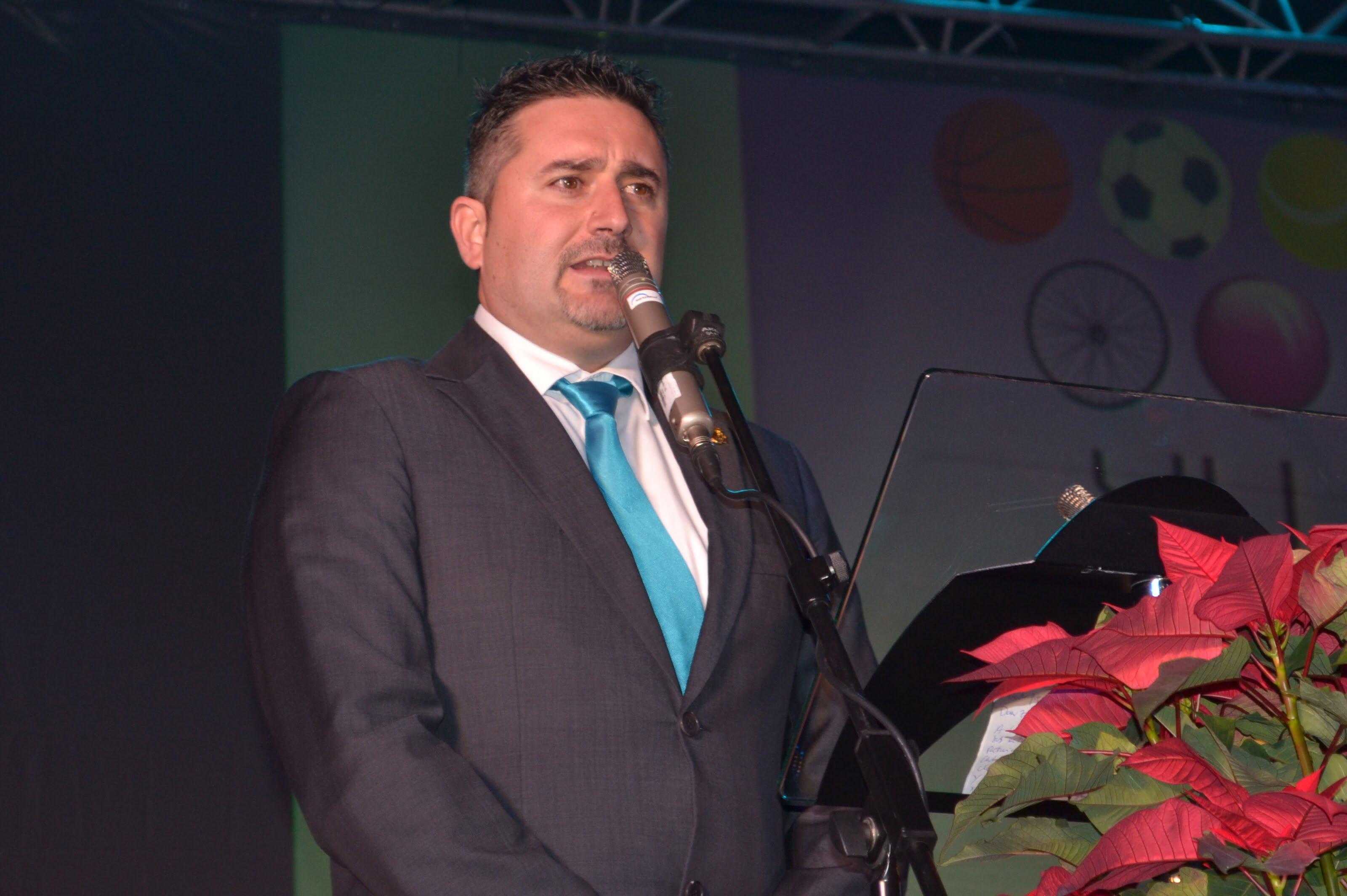 Juan Luis Cardona edil de deportes