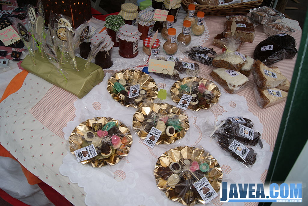 Stand de dulces navideños en la feria de navidad de Jávea