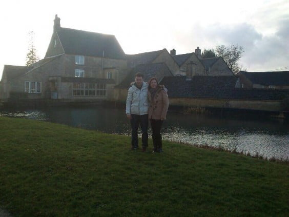Álex y Lola viajaron a Inglaterra hace un año y trabajan como domestic couple en una mansión