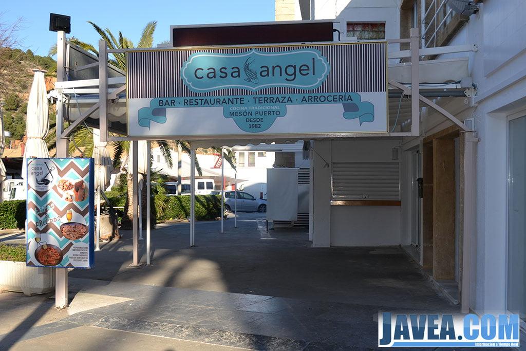 Bar Restaurante Casa Ángel en Jávea se encuentra en las inmedicaciones de la Playa La Grava