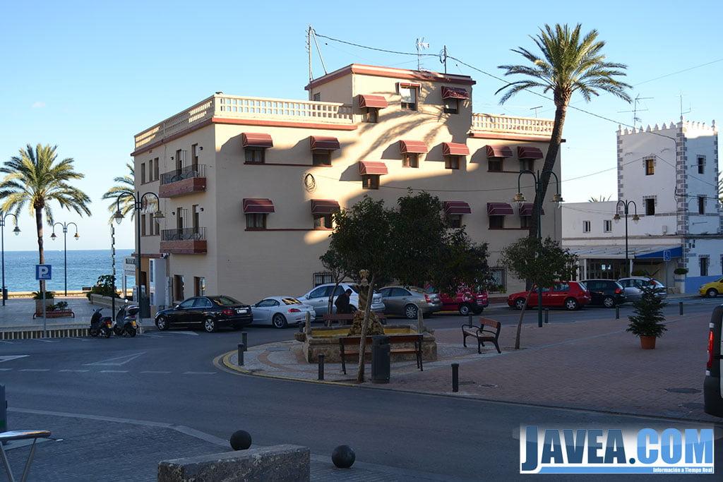 Hotel Miramar en Jávea a pie de la Playa La Grava
