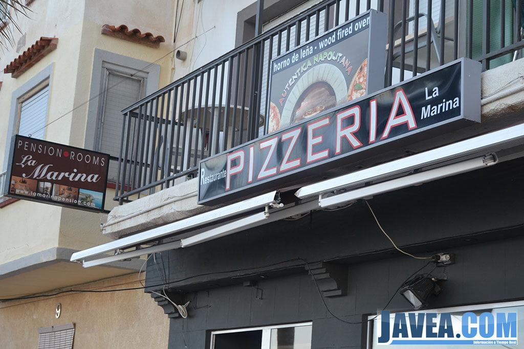 Pizzeria La Marina en Jávea en primera línea de la Playa La Grava