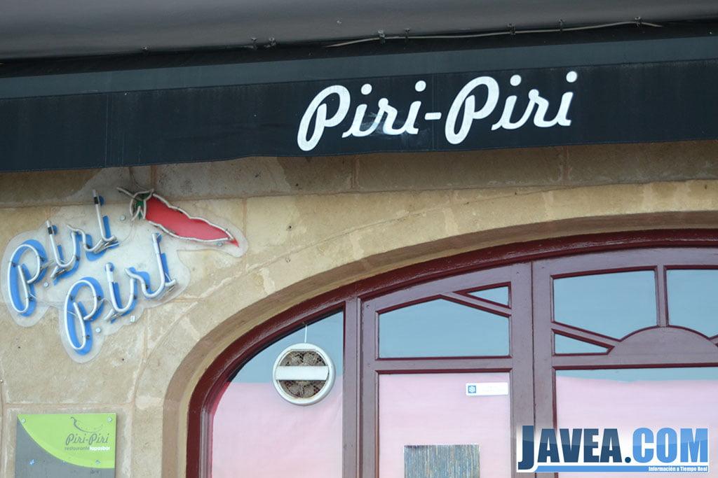 Restaurante Piri Piri en Jávea en primera línea de la Playa La Grava