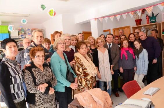 La Asociación Charity Shop Library ha colaborado en la reforma de la sede de TAPIS de Xàbia