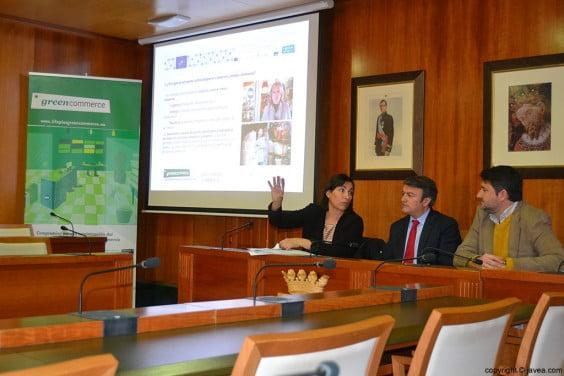 Silvia Ordiñaga, José Chulvi y Juan Luís Cardona en la presentación del Green Commerce