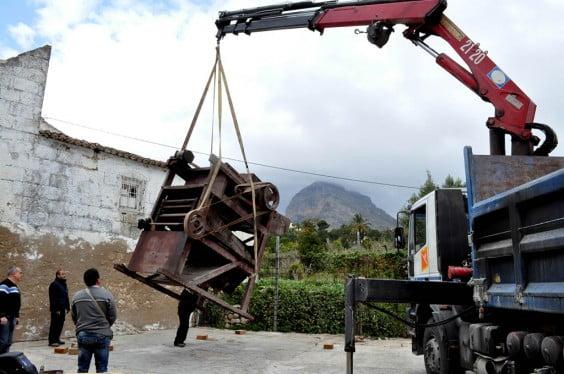 Antigua máquina de selección de la pasada donada al Museo Soler Blasco de Jávea