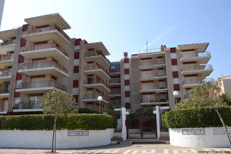 Apartamentos Cofisa en Jávea en la playa del segundo montañar