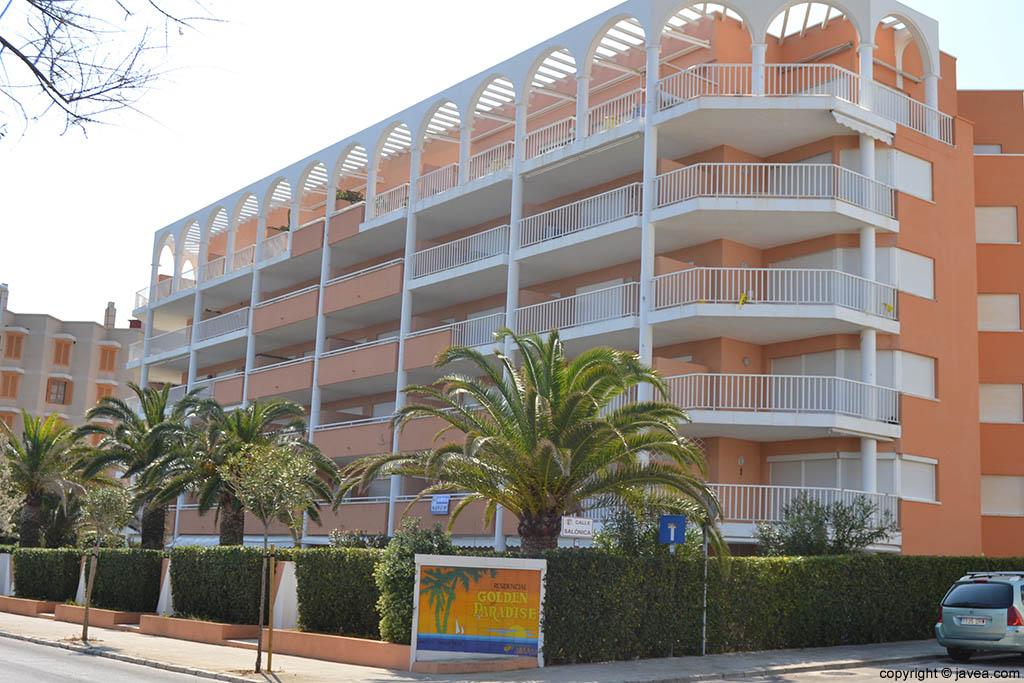 Apartamentos Golden Paradise en Jávea en la playa del segundo montañar