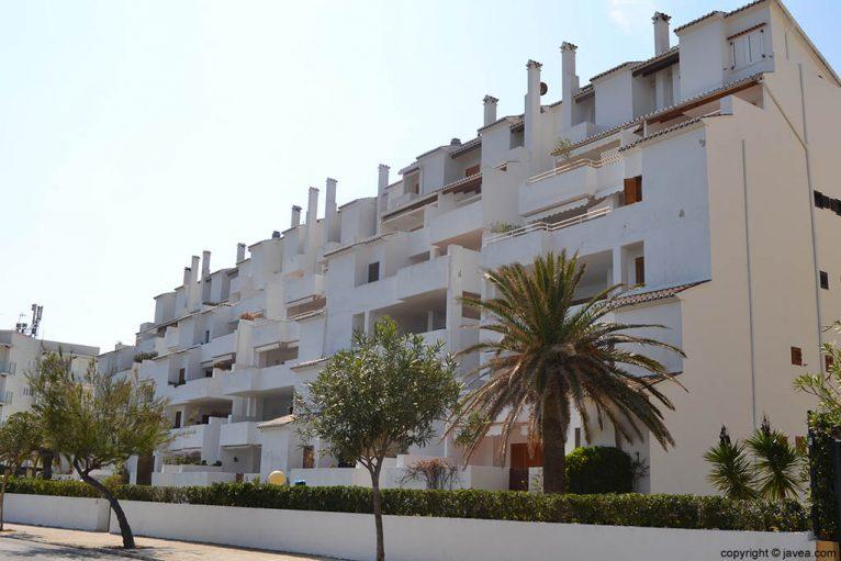 Apartamentos Karine en la playa del segundo montañar de Jávea