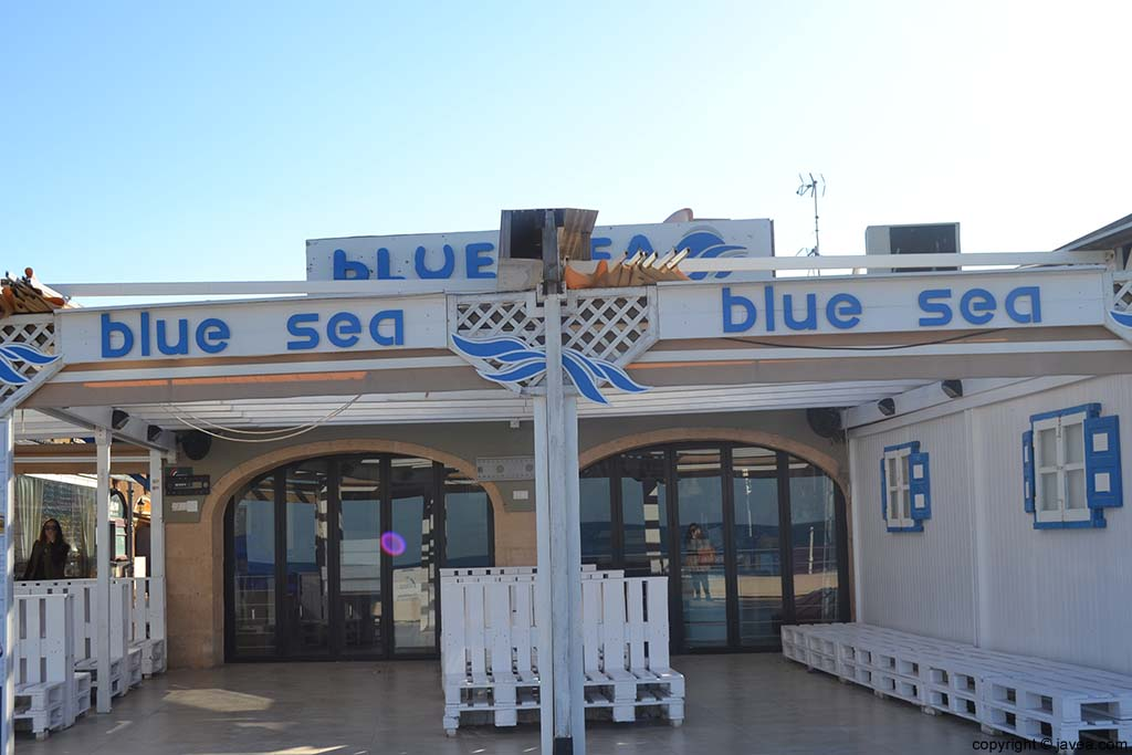 Bar Blue Sea en la Playa del Arenal de Jávea