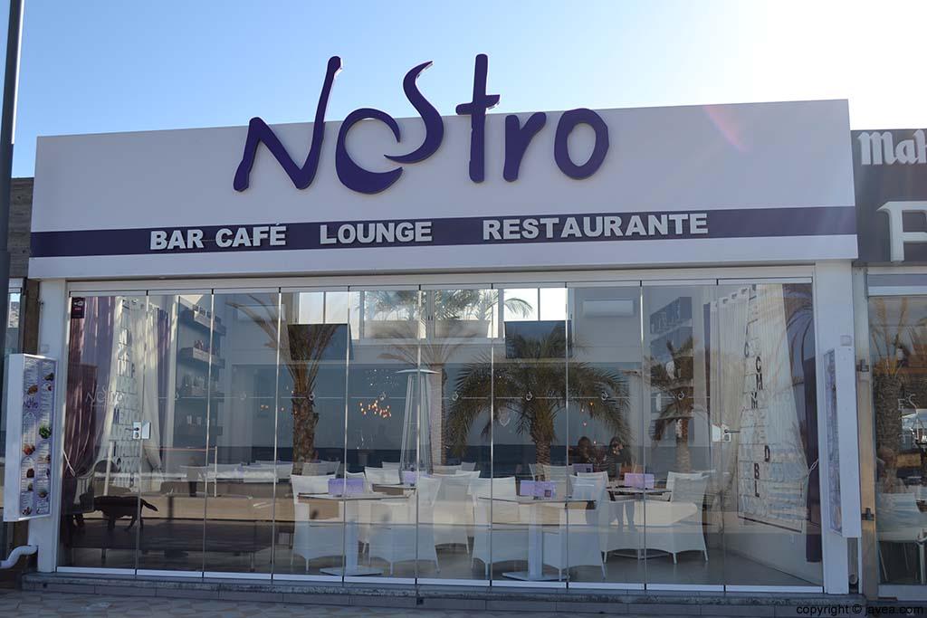 Bar Café Nostro en la Playa del Arenal de Jávea