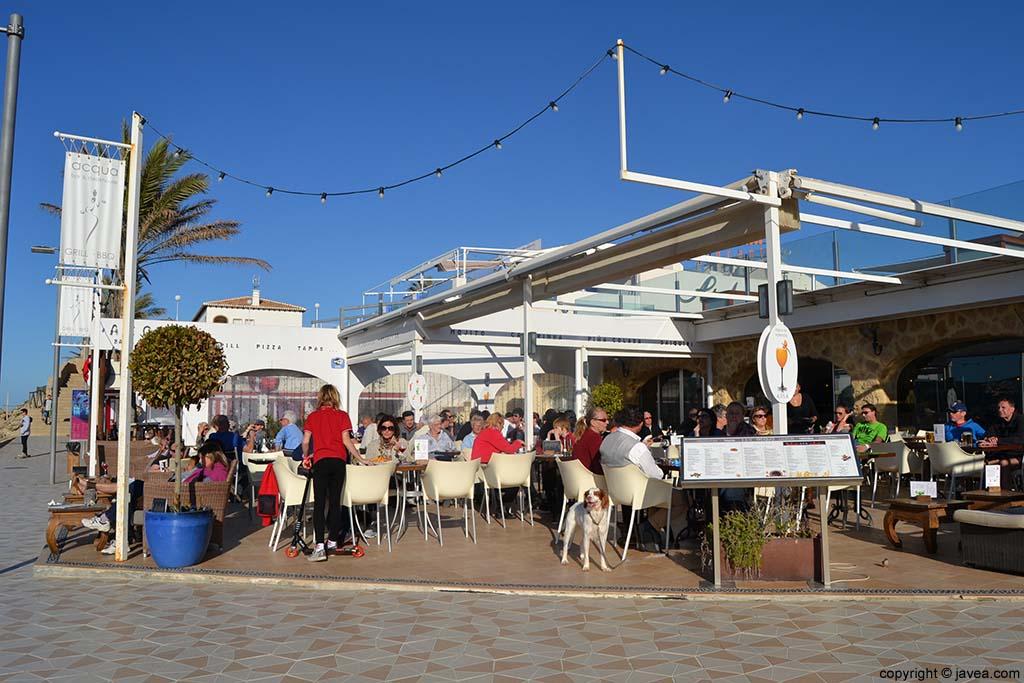 Bar Restaurante Acqua en la Playa del Arenal de Jávea