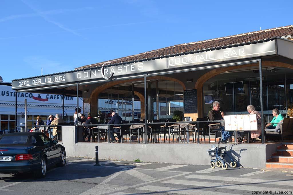 Café Bar Contrastes en la Playa del Arenal de Jávea