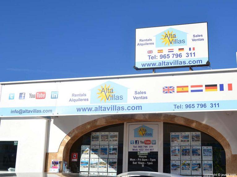 Inmobiliaria Alta Villas en la Playa del Arenal de Jávea