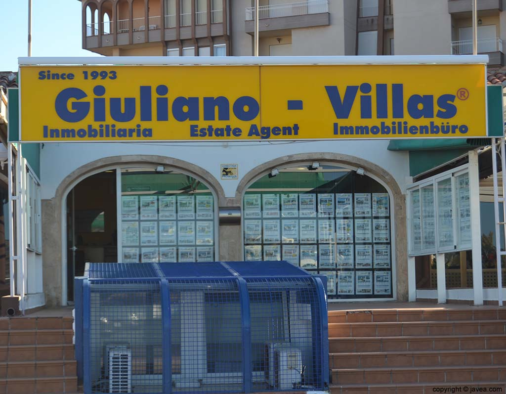 Inmobiliaria Giuliano-Villas en Jávea