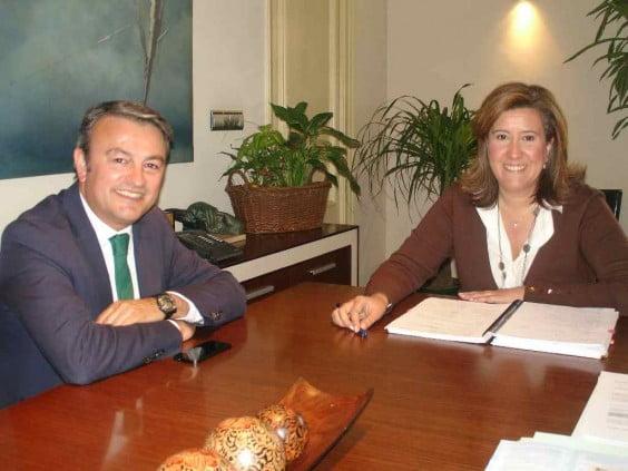 José Chulvi y Ana Kringe se reúnen para tomar acciones conjuntas contra los sondeos petrolíferos