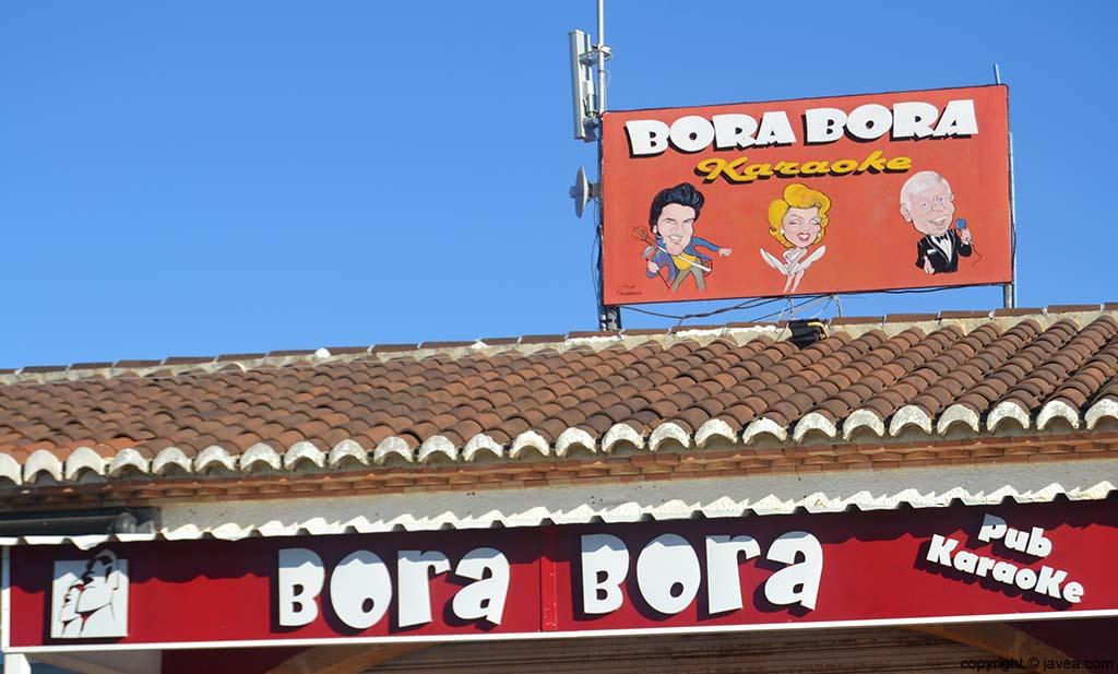 Pub Karaoke Bora-Bora en la Playa del Arenal de Jávea