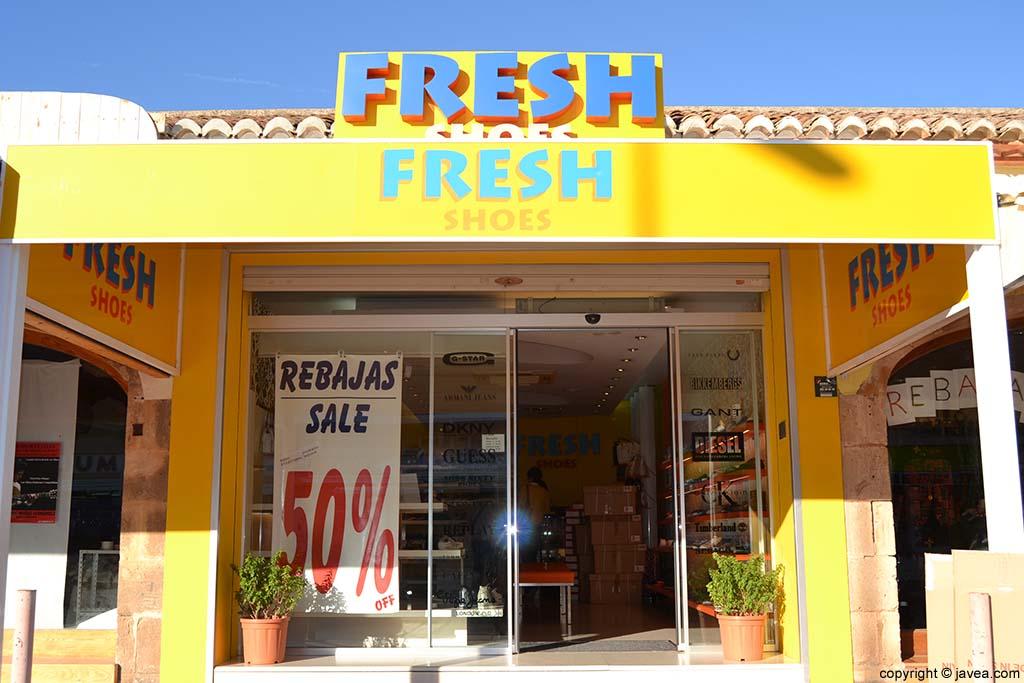 Zapatería Fresh en la Playa del Arenal de Jávea
