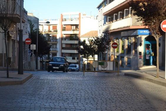 Cruce en el que se instala la valla que impide que los coches bajen a Príncipe de Asturias