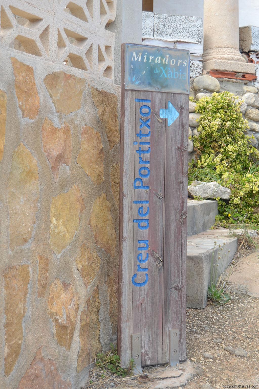 Desde la cala de la Barraca en Jávea se puede acceder al mirador de la Creu del Portitxol