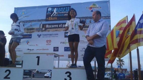 Gina Virueña en el podium de Formentera