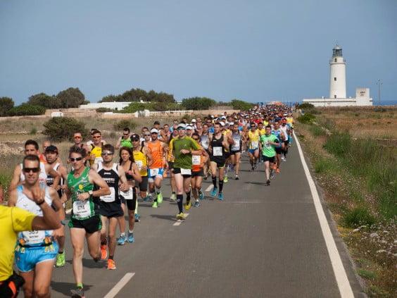 Salida de la VI Media Maratón de Formentera