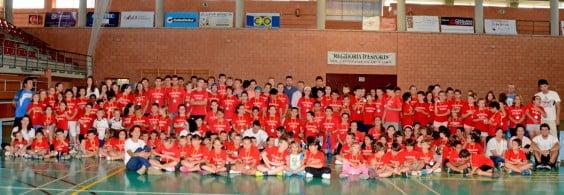 José Chulvi con todos los alumnos de las Escuelas Deportivas de Xàbia