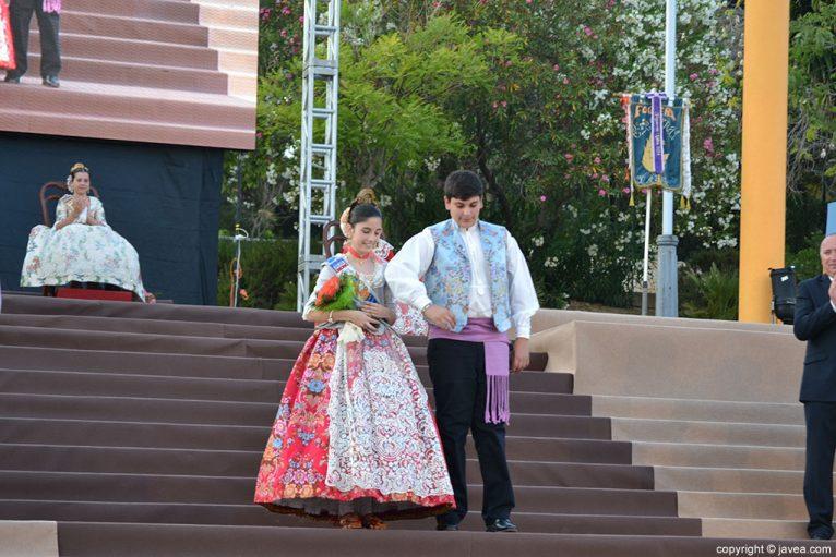 Los presidentes de la Comsión Juvenil de 2013 Laura Buigues Castilla y Vicente Ahuir Buigues