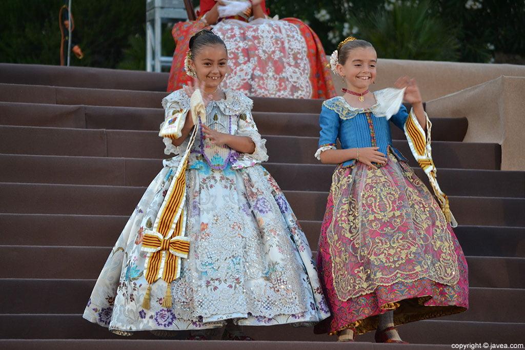 Niñas de la corte infantil de Fogueres de Sant Joan 2014 de Jávea