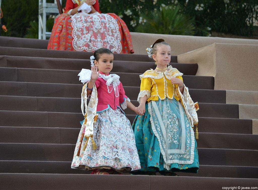 Xabieretes en la proclamación de la reina infantil de Fogueres 2014 de Xàbia