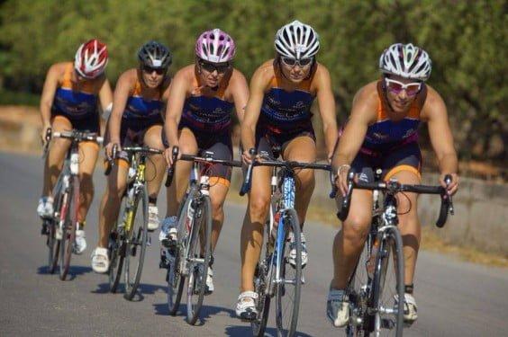 Cristina Roselló en el  sector ciclista