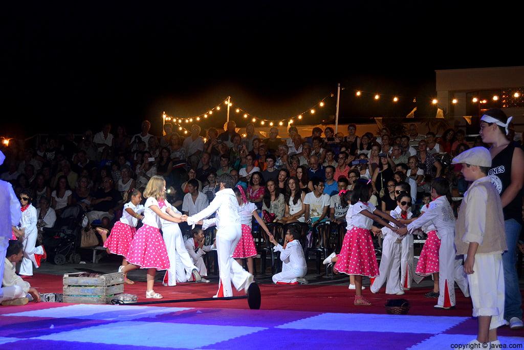 Momento de la representación teatral del Ajedrez Viviente