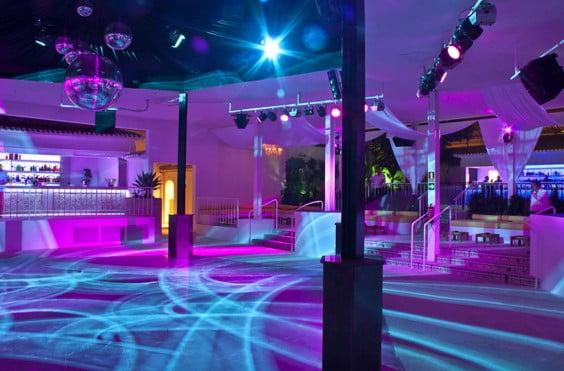 Interior de la discoteca Molí Blanc de Jávea