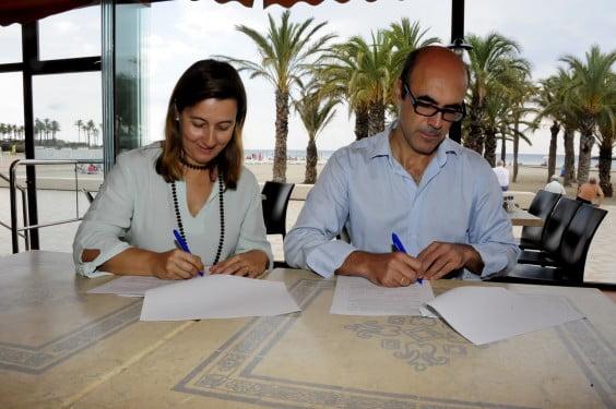 Firma del convenio entre AEHTMA y ARX