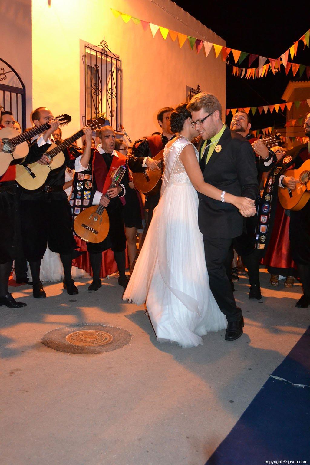 directorio Virgen bailando en Pamplona