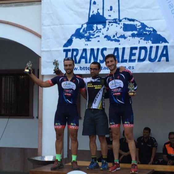 Dani Cepa y Álex Seguí en el podium